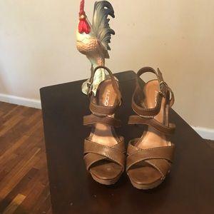 Aldo Heels (Size 6 1/2)